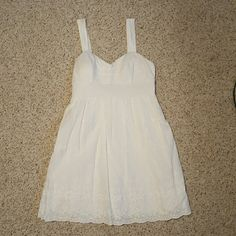 City Triangles white dress Only worn once! City Triangles Dresses