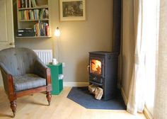 Real wood burner in Ludlow cottage Small Log Burner, Corner Log Burner, Wood Burning Stove Corner, Corner Stove, Log Burning Stoves, Snug Room, Room Corner, Into The Woods, Wood Burner