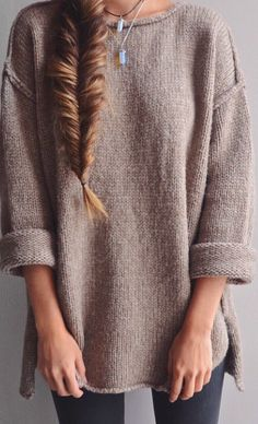 Starting to get close to that big-sweater-weather! Fashion Mode, Look Fashion, Womens Fashion, Fall Fashion, Fashion Hair, Fashion Clothes, Teen Fashion, Fall Winter Outfits, Autumn Winter Fashion