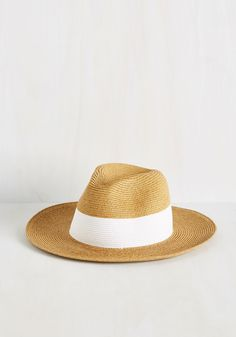 Think Snappy Thoughts Hat. Positivity comes from within, but wearing a snazzy hat sure doesnt hurt! #tan #modcloth
