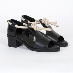 Ayaka Sandals Black