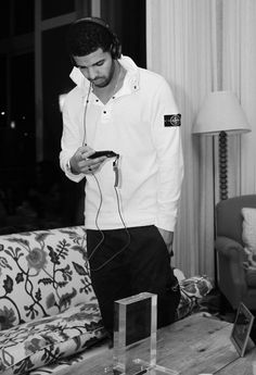 I get Lonely baby, take my time to show you that I get lonely tooo huu huu.. Drake