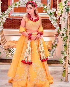 Muslimah Wedding Dress, Ceremony Dresses, Pakistani Bridal Dresses, Wedding Dresses For Girls, Bridal Lehenga, Mehendi Outfits, Indian Bridal Outfits, Indian Bridal Fashion, Mayon Dresses