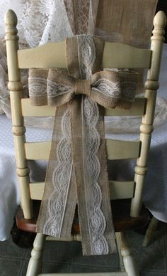 Burlap pew bows for chairs @ Pin Your Home