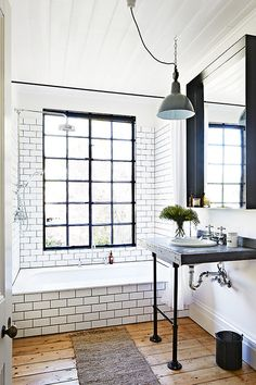 subway tiles, vintage pieces, wooden floor (via Homelife / ph....