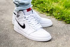 See how the Air Jordan 1 Yin Yang White looks on feet in this video review before you buy! Find out where to buy these Air Jordan 1s online!