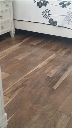 Check Out This Beautiful Laminate Floor From Mannington Restoration Chateau Color Natural We Just