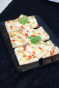 Pienet herkkusuut: Feta-Broileripiirakka (pellillinen) Feta, Food And Drink, Dairy, Cheese, Baking, Bakken, Backen, Sweets, Pastries