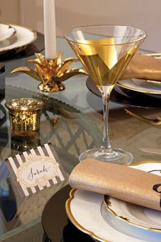 Black and gold elegant placecards--free download from  Celebrate Magazine