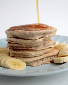 The Definitive Collection of Healthy Vegan Pancakes Recipes #vegan #pancakes   hurrythefoodup.com