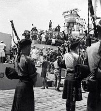 Bagpipers of the Argyll and Sutherland Highlanders on August 29, 1950
