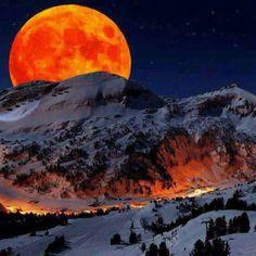 Full moon over the Rockies on Christmas night - 2015
