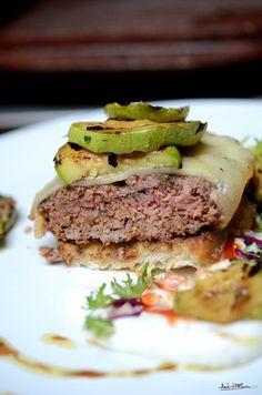 hamburguesa (22) Sandwiches, Goodies, Beef, Food, Hamburgers, Sweet Like Candy, Meat, Gummi Candy, Essen