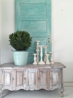 DIY-Candle Holder Collection Creamy White Shabby Chic Set of 6 - Hallstrom Home - 1 Estilo Shabby Chic, Shabby Chic Style, Shabby Chic Decor, Cheap Home Decor, Diy Home Decor, Chabby Chic, Old Doors, Turquoise, Country Chic
