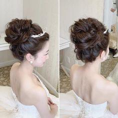 Braided Hairstyles For Wedding, Bride Hairstyles, Hairstyle Ideas, 1920s Makeup, Wedding Bride, Wedding Dresses, Hair Wedding, Hair Arrange, Latest Hairstyles