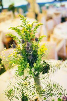 natural flowers, solidago, Eryngium 'Blue Star' , thlaspi , daisies, garden wedding, natural wedding