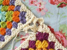 Crochet tutorial: joining granny squares ~ lots of pictures and good instructions