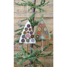 The trees come in a light or dark version.you will get one of each to make in our kit. They are 3 x 4 without the stick for the trunk.which we do not provide in our kits. Felt Christmas Ornaments, Christmas Crafts, Christmas Decorations, Christmas Ideas, Holiday Decor, Primitive Gatherings, Penny Rugs, Christmas Sewing, Wool Applique