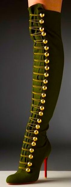 """Green Military Heels Shoes Knee High Steampunk ◆ Neovictorian Modern Baroque Fashion ◆ Christian Louboutin """"Ronfifi"""" Olive Green Flannel Over The Knee Boots Crazy Shoes, Me Too Shoes, Look Fashion, Womens Fashion, Cheap Fashion, Gq Fashion, Fashion 2016, Fashion Outfits, Fashion Black"""