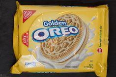 Lemon Flavor Creme Oreo Sandwich Cookies by Nabisco Wafer Cookies, Coconut Cookies, Lemon Cookies, Oreo Cookies, Weird Oreo Flavors, Cookie Flavors, Lemon Oreos, Nabisco Oreo, Oreo Thins
