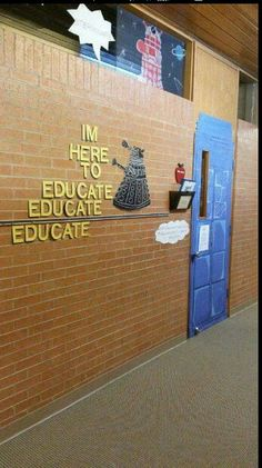 Doctor Who-themed classroom. :) :) and this is perfect because my mom's a teacher! Fandoms Unite, Classroom Organization, Classroom Decor, Classroom Quotes, Classroom Design, Organization Ideas, Best Teacher Ever, Future Classroom, Dr Who
