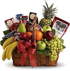 Send Fruit & Gourmet in Boston, MA from Exotic Flowers for flower delivery in the Boston area. Exotic Flowers in Boston offers a wide selection of Fruit & Gourmet. Gourmet Gift Baskets, Gourmet Gifts, Gourmet Recipes, Fruit Gift Baskets, Fruit Gifts, Fruit In Season, Delicious Fruit, Savory Snacks, Tasty Snacks