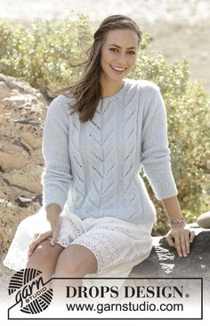Summer Sky jumper with lace pattern in DROPS Air by DROPS Design Free Knitting Pattern