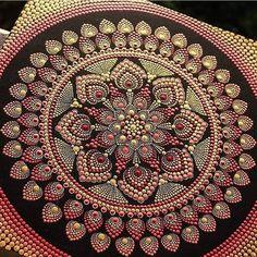 Mandala Canvas, Mandala Dots, Mandala Pattern, Pattern Art, Dot Art Painting, Mandala Painting, Stone Painting, Mandala Design, Sacred Geometry Art