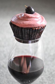 red wine cupcakes | De La Casa