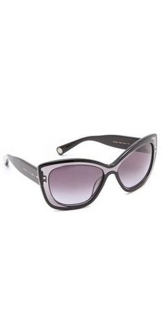 Love these Marc Jacobs Sunglasses. I am digging the retro shades these days. 2295c3e32fa1