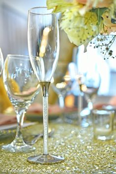 Wedding guest table decor in Kukua Punta Cana, Dominican Republic| Photo by Milan Photo Cine Art