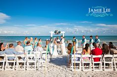 "Jamie Lee Photography Sundial Beach Resort & Spa is the ideal setting for beach brides looking to say ""I do"" in paradise. #SWFL #SanibelIsland www.sundialresort.com/events/weddings/"