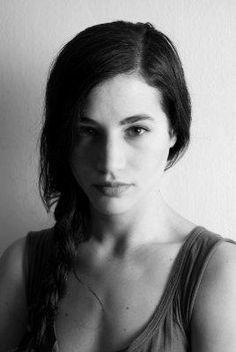 Elisa Lasowski estará na temporada como. Celebs, Celebrities, Betta, Bing Images, Game Of Thrones, Army, Singer, Actresses, Actors