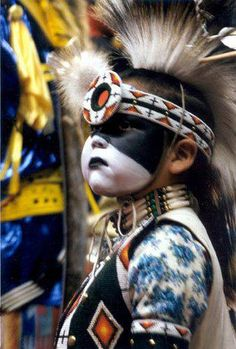 - littlest warrior Native Child, Native American Children, Native American Pictures, Native American Beauty, American Spirit, American Indian Art, Native American History, Native American Indians, Native Americans