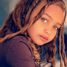 The Perfect Human Face: Most Beautiful Biracial Faces. Beautiful Eyes Color, Pretty Eyes, Cool Eyes, Gorgeous Girl, Dead Gorgeous, Beautiful Children, Beautiful Babies, Beautiful People, Most Beautiful Child