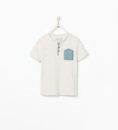 T-SHIRT WITH DENIM POCKET