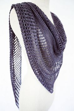 Ravelry: Antarktis shawl in Kettle Yarn Co. Islington - knitting pattern by Janina Kallio.