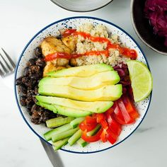 You really can't go wrong with a buddha bowl and this protein-packed version has it all. We love the mixture of cooked,… Vegan Meal Prep, Healthy Cooking, Healthy Eating, Healthy Food, Tofu Recipes, Vegetarian Recipes, Healthy Recipes, Vegetarian Cooking, Ww Recipes