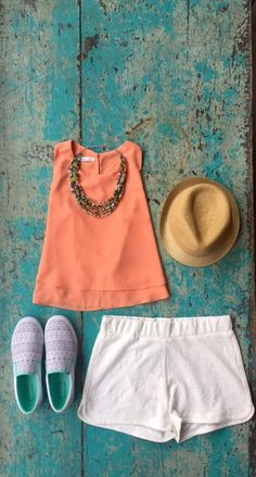 BucketFeet Tambourine paired with white shorts and a breezy top make for the perfect summer vacation outfit.