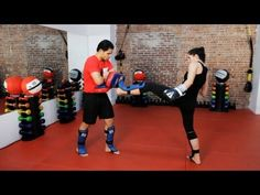 How to Do Partner Pad Training | Kickboxing Lessons - YouTube
