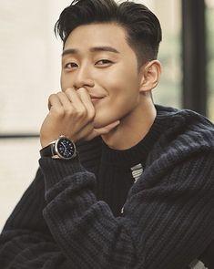 "Park Seo Joon FC on Instagram: ""Cute ❤️😍 #박서준 #seojoon #parkseojun #parkseojoon #朴敘俊 #seojun"" Park Hae Jin, Joon Park, Park Hyung Sik, Gong Yoo, Asian Actors, Korean Actors, Oppa Ya, Korean Men Hairstyle, Kang Haneul"