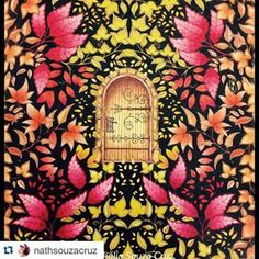 #jardimsecreto Instagram tagged photos - Enjoygram Secret Garden Door, Garden Doors, Colouring Pages, Coloring Books, Johanna Basford Secret Garden, Secret Garden Coloring Book, Tag Photo, Leaf Flowers, Adult Coloring
