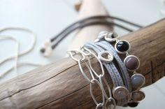 Halskette, Leder-Armband, Armkette mit Steinen #sence #copenhagen Metallica, Copenhagen, Rings, Jewelry, Bangle, Jewlery, Jewels, Ring, Jewelry Rings