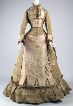 Day dress, the first half of 1870