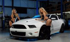 2013-Ford-Mustang-Shelby-GT500435