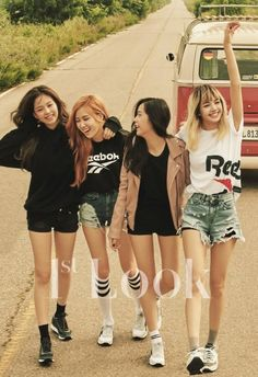 "Pandora Jewelry OFF!>> Black Pink rock vintage casual fashion for Look'. - > Black Pink rock vintage casual fashion for Look'…""> Pandora Jewelry OFF! Blackpink Jisoo, Winter Shorts, Summer Shorts, Blackpink Fashion, Korean Fashion, Fashion Ideas, Fashion Jewelry, Fashion Outfits, K Pop"