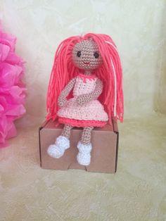 Irresistible Crochet a Doll Ideas. Radiant Crochet a Doll Ideas. Easy Crochet Patterns, Free Crochet, Book Crafts, Stuffed Toys Patterns, Crochet Dolls, Gifts For Girls, Doll Toys, Girl Dolls, Crochet Earrings
