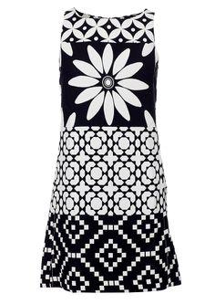 Køb Desigual sort hvid kjole Perfectly Imperfect 41V2L08 online her