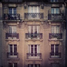 Paris  . by mariele  #archilovers #architecture #paris #landscape #landscape_lovers