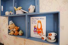 100均で手軽に子ども部屋DIY!100均グッズにひと手間加えて壁面ディスプレイ&壁面収納 LIMIA (リミア)